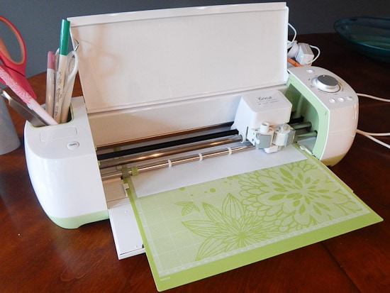 Cricut Explore Cutting White Vinyl
