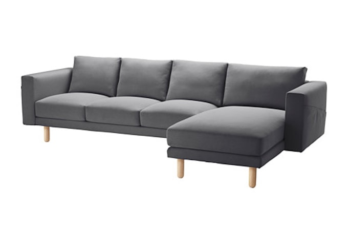 You will never guess where she found this amazing sectional couch! And it was a GREAT price! Click through for all the details.