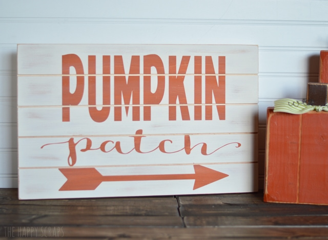 I love DIY signs and these are perfect for fall! I can't wait to make these for my home!