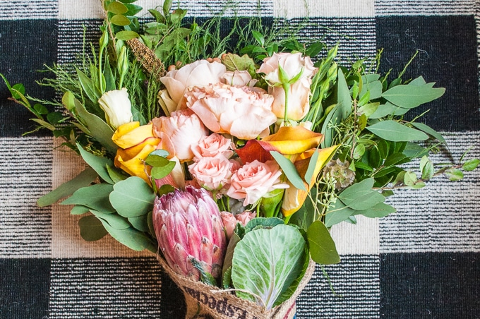Farmgirl Flowers - Finally a flower shop that makes gorgeous bouquets you can order online! I love this pretty hand-tied arrangement. It looks like a wedding bouquet!
