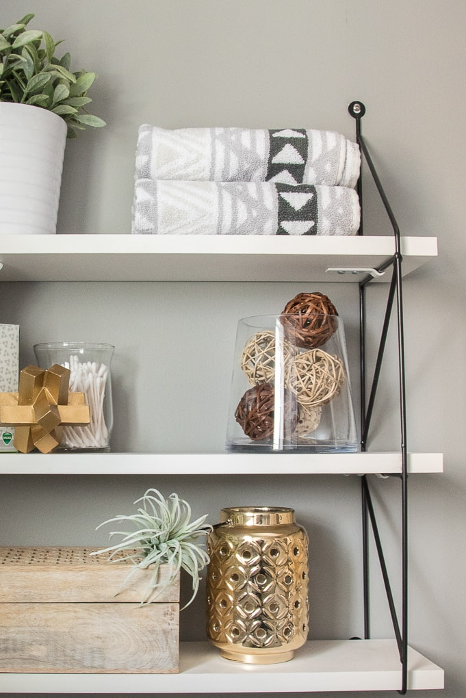 5 Essentials of beautifully styled shelves. The key items that will make your shelves look put together and well decorated.