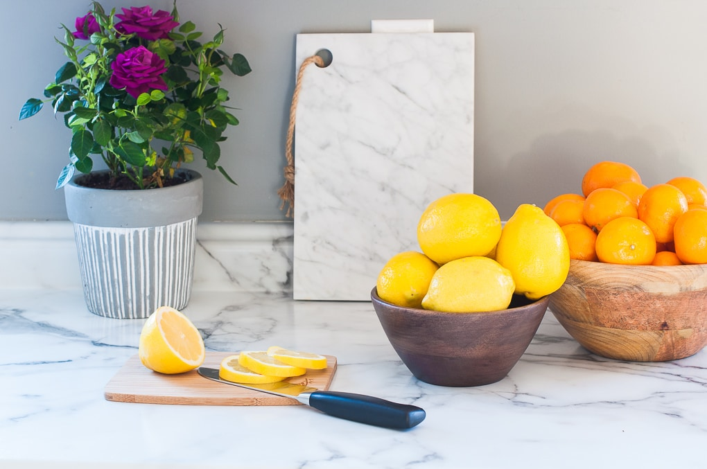 Organized kitchen cabinets and drawers. Functional and practical solutions for kitchen organizing problems. Get rid of the clutter and learn exactly what organizing products to buy.