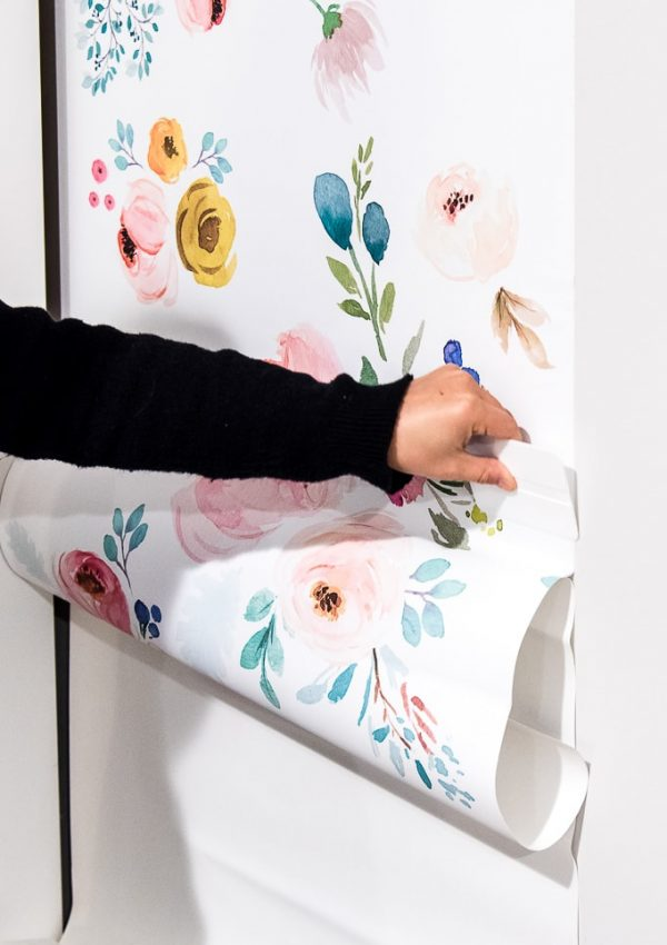 How to Install Removable Wallpaper {One Room Challenge Week 3}
