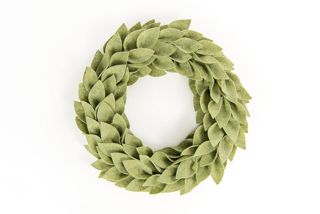 olive green felt greenery wreath Christmas craft