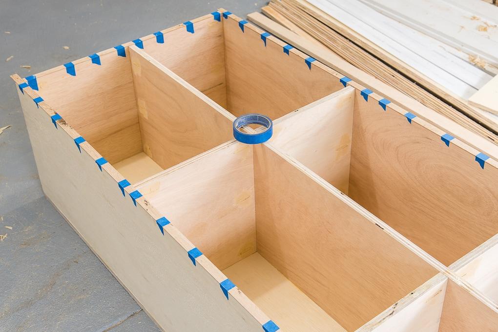 diy bookshelves adding edge trim with painters tape