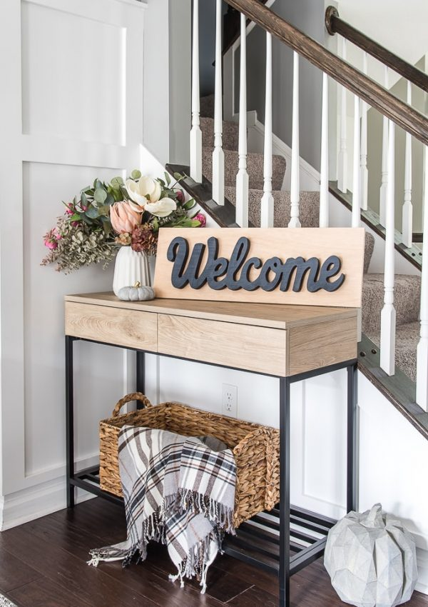 DIY Easy Welcome Sign