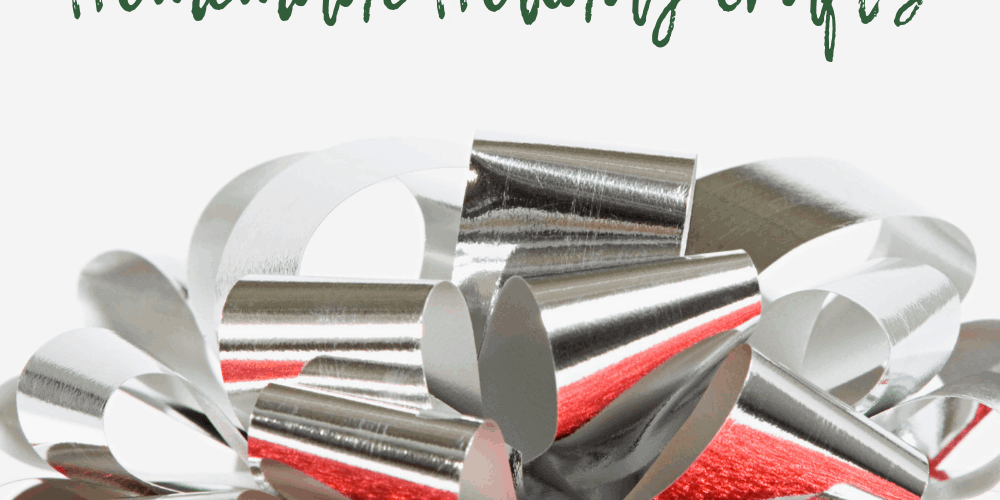 Christmas gift box and gift tag Cricut Christmas