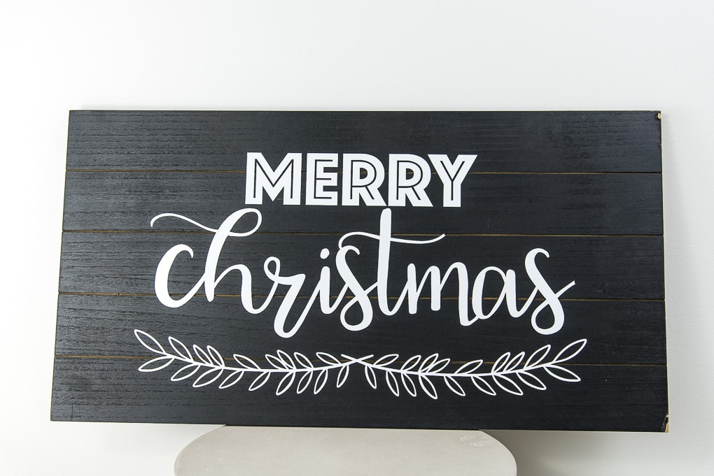 modern black and white wooden sign Merry Christmas design Cricut