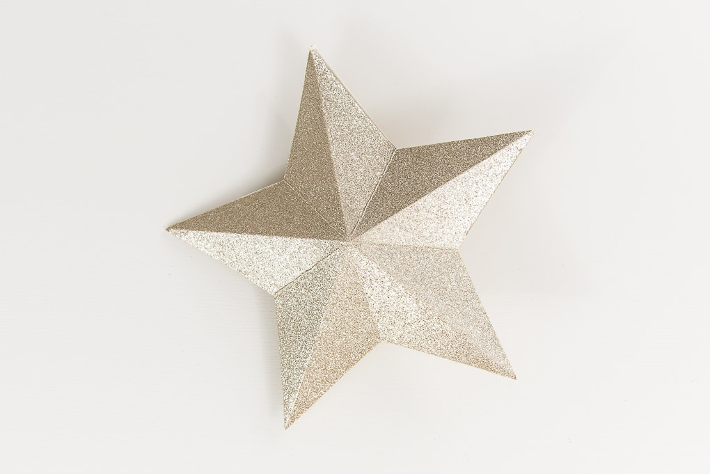 gold glitter 3D star decoration