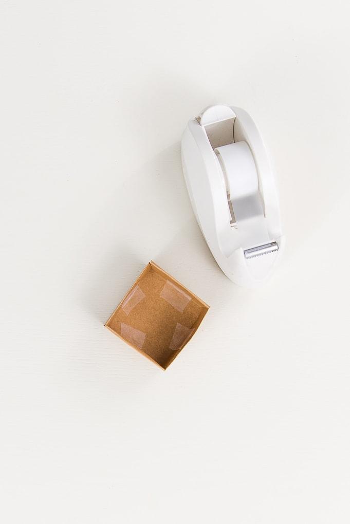 brown 3D paper box assembled lid