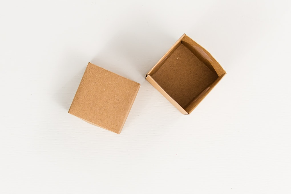 brown 3D paper box and lid assembled