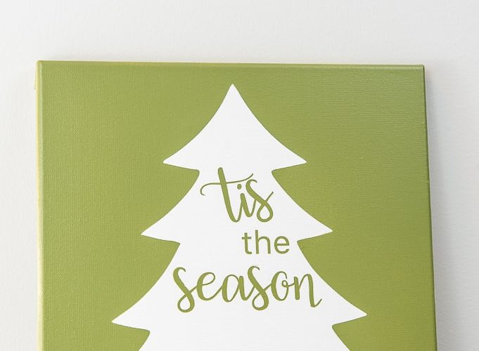 close up Tis the Season Christmas Tree Sign green canvas
