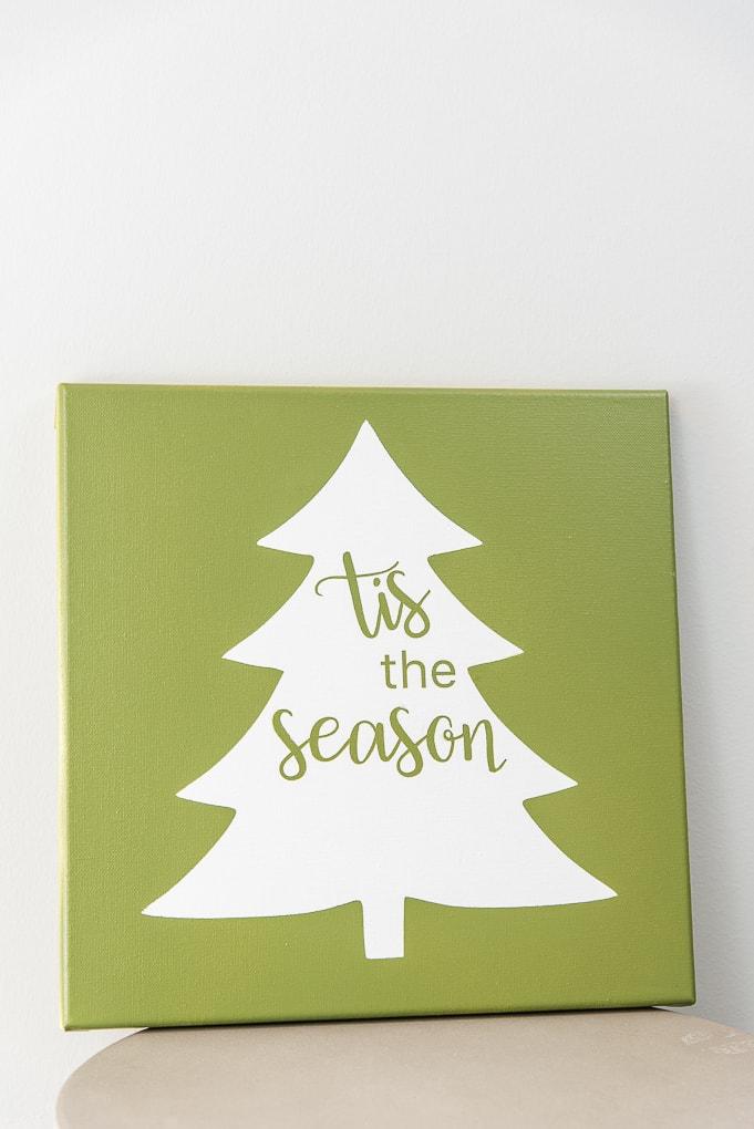 close up Tis the Season Christmas Tree Sign green canvas