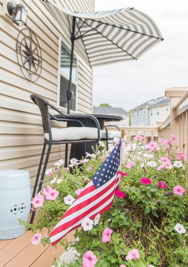 How to Easily Clean Your Deck for Summer