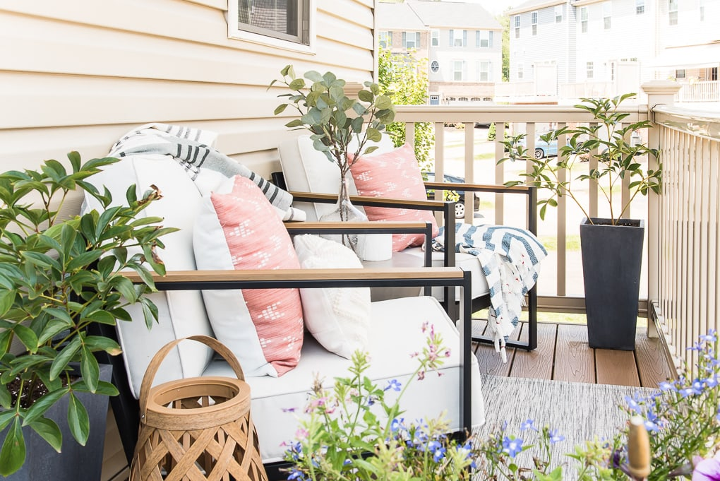 plants and accessories on outdoor porch
