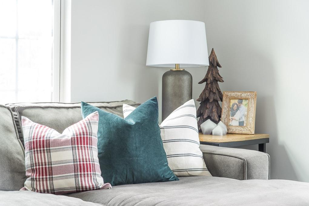Christmas throw pillows modern classic decor