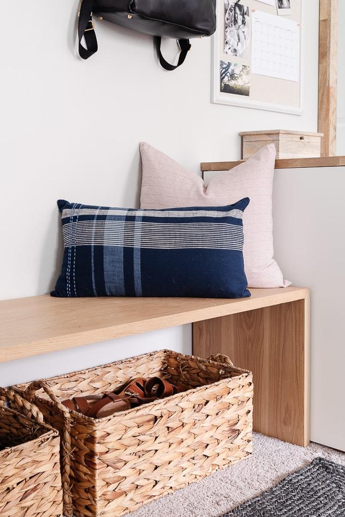 mudroom bench decorative pillows