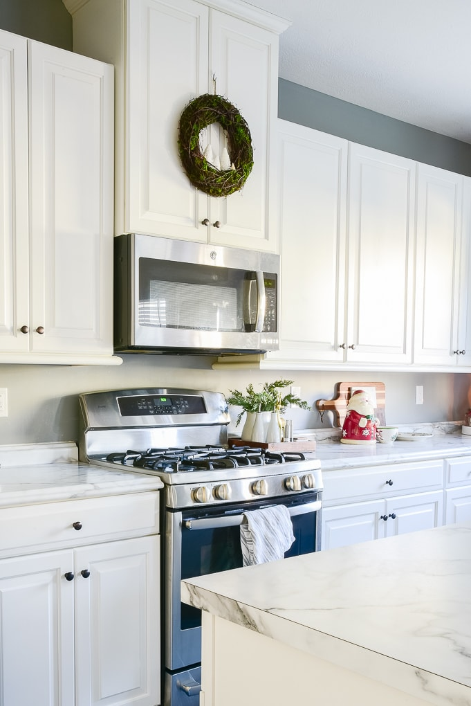 white classic kitchen decorated for Christmas