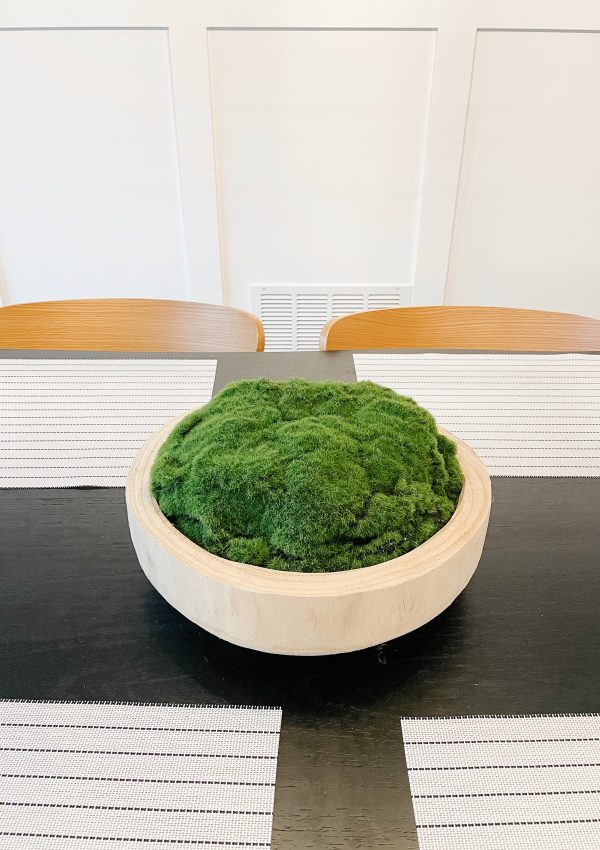 diy moss bowl centerpiece project on black dining table
